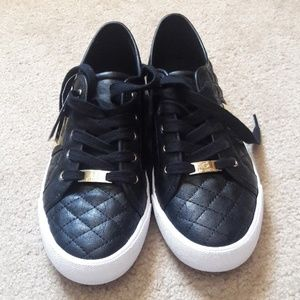 Women's Guess quilted sneaker